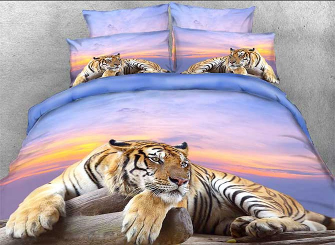 Tiger Crouching on a Rock Printed 3D 4-Piece Bedding Sets/Duvet Covers