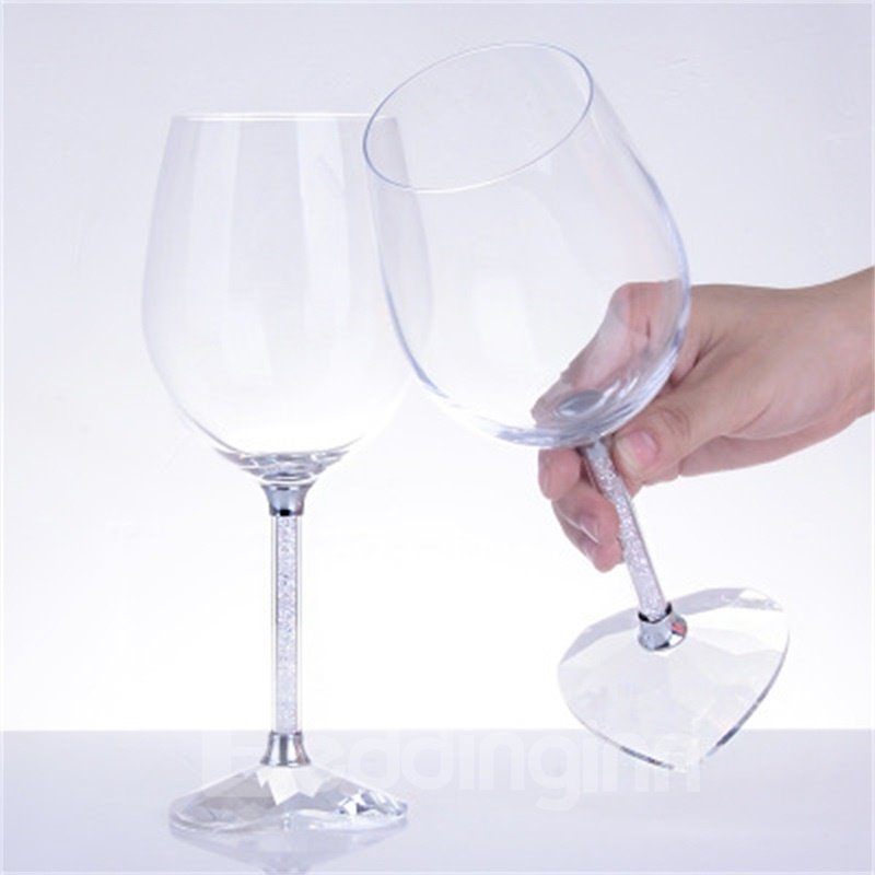 High Grade Heart-Shaped Wine Glass with Diamonds Romantic Wine Cups