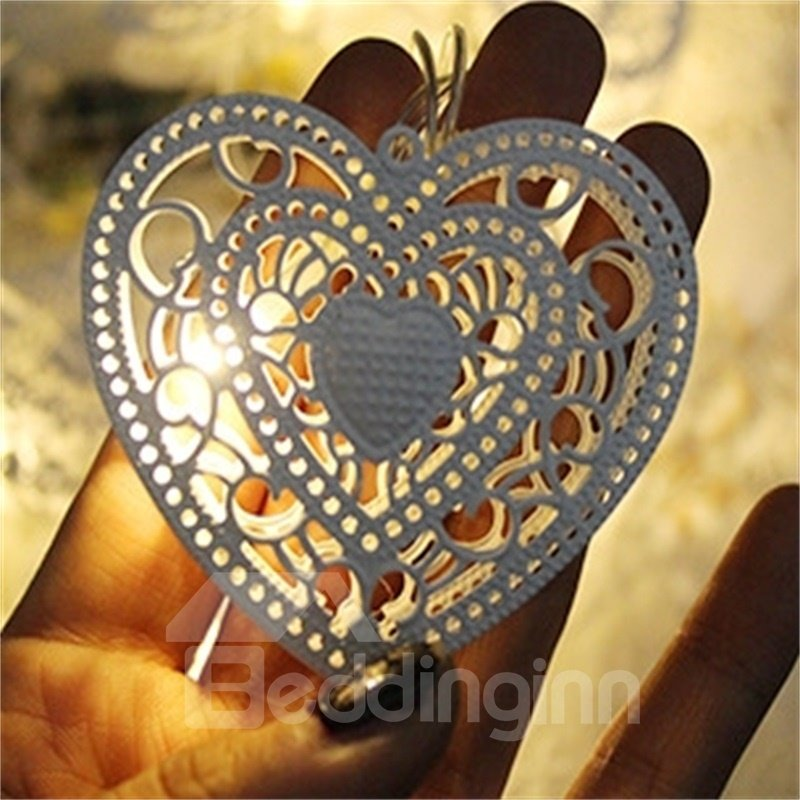 Romantic and Modern Style Openwork love Shape Design 1.5 Meter Strip LED Lights
