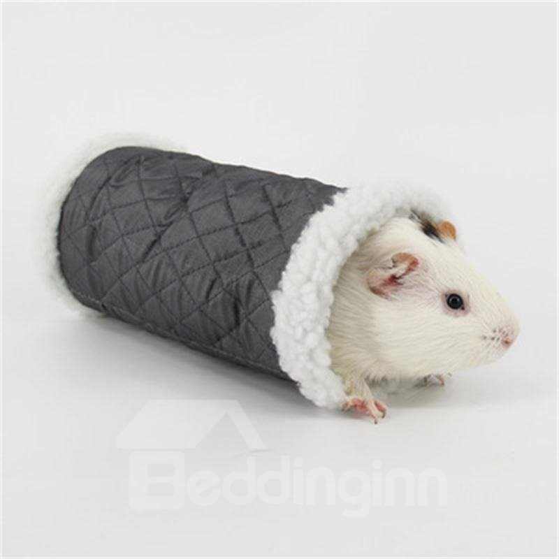 Guinea Pig Winter Warm House for Christmas Holiday for Small Pets