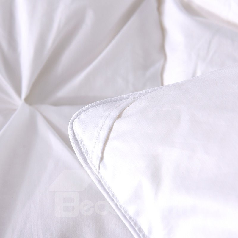Solid White Twisted Flowers Design Super Soft Thick Winter Quilts/Comforters