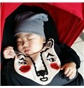 7.87*7.48in Red Bear Printed Simple Style Cotton Baby Bib