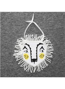 7.87*7.48in Tassels Decoration Lion Printed Simple Style Cotton Baby Bib