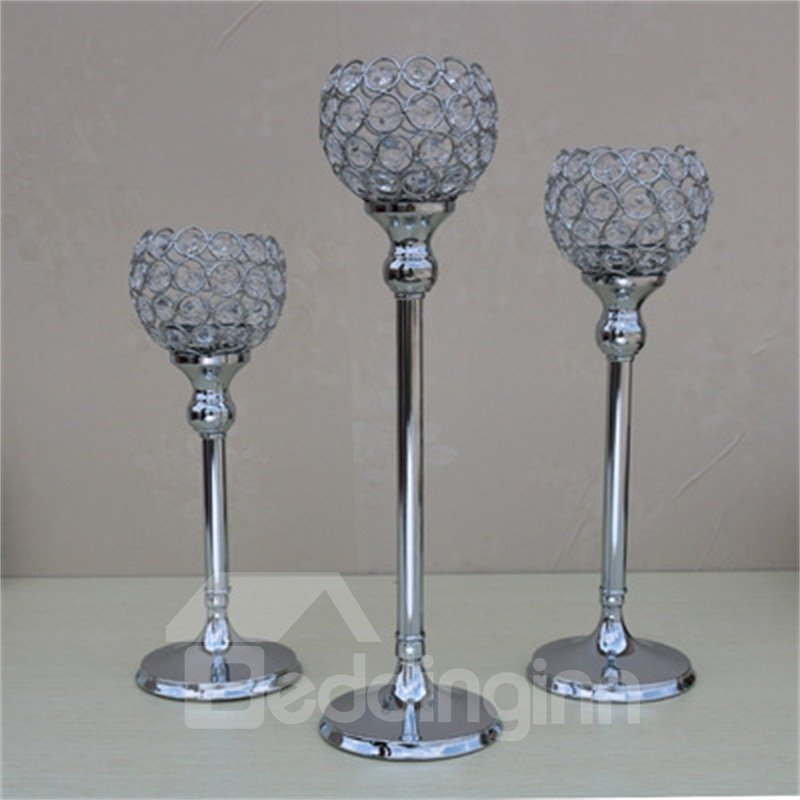 Modern and Creative Silver Gray Metal Handicrafts Goblet Romantic Candle Holder