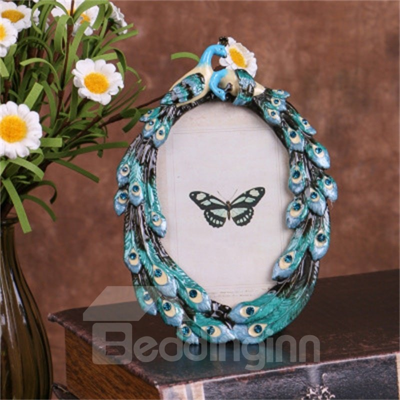 Retro and Pastoral Style Zinc Alloy with Green Peacock Table Decoration Photo Frame