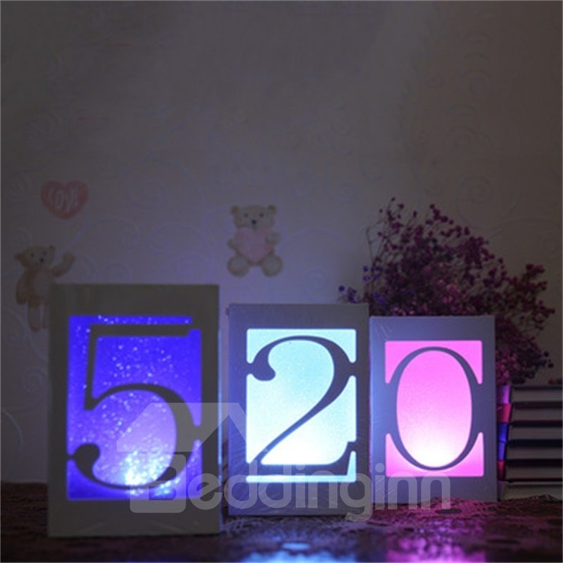 Concise and Romantic Creative Figures 520 USB Night Lamp