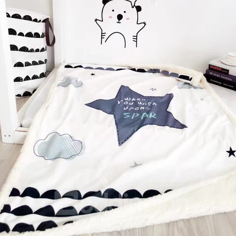 Star Printed Polyester Nordic Style White Baby Blanket