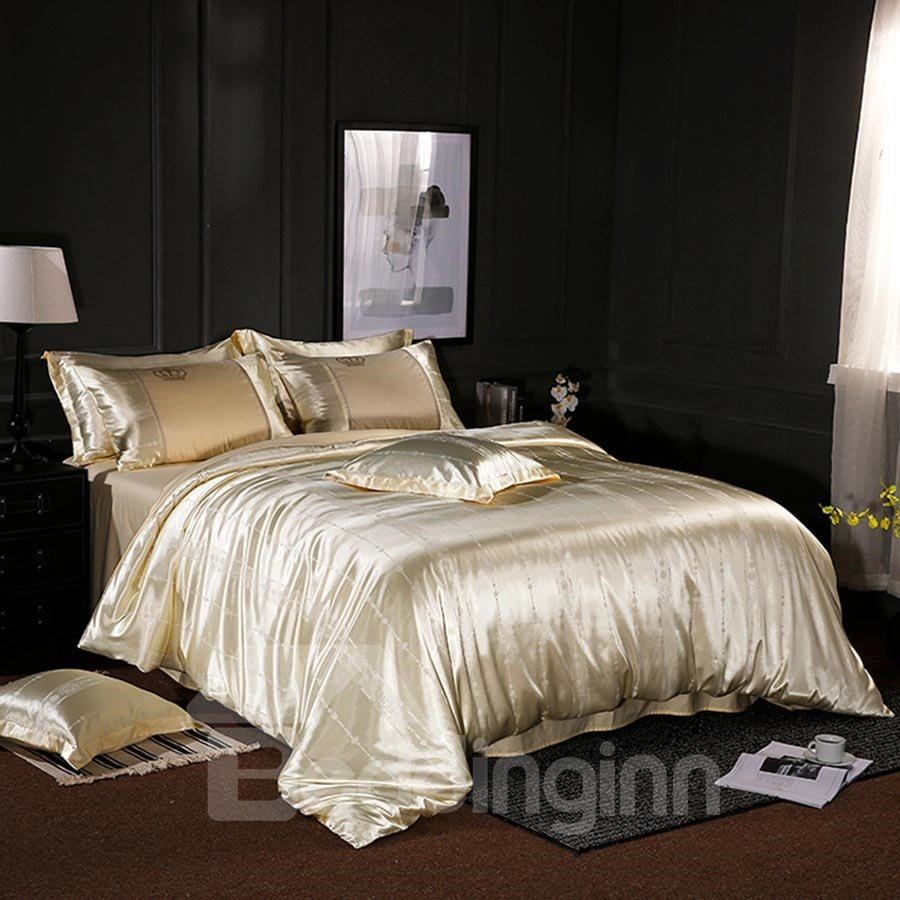 Solid Color Jacquard Yellow Smooth Stain 4-Piece Bedding Sets/Duvet Cover