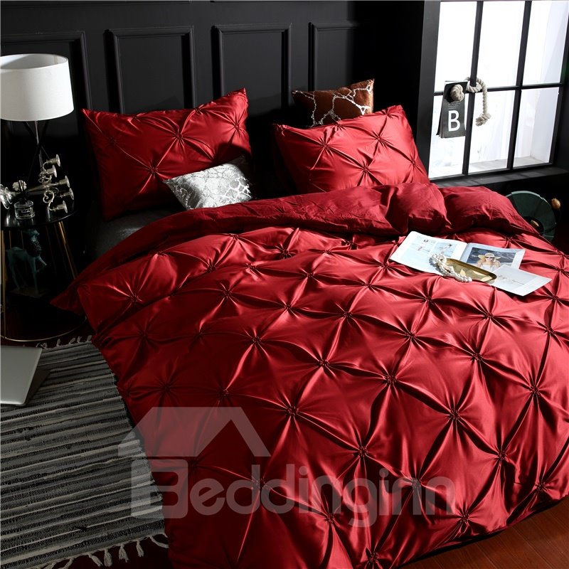 Luxurious Pintuck Pleat Style Polyester 3-Piece Red Bedding Sets/Duvet Covers