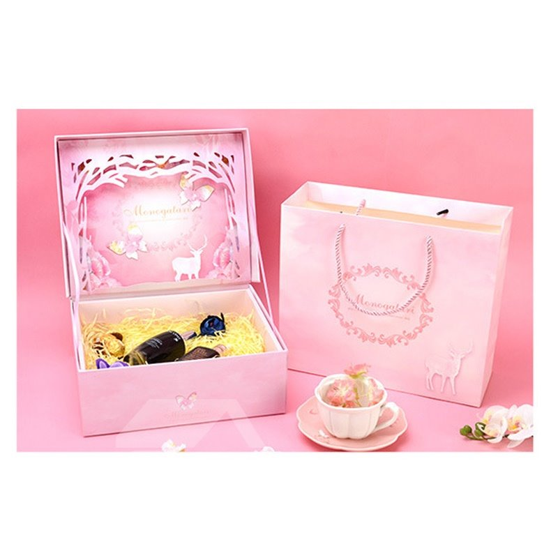 Fancy Deer and Butterfly Paper-cut 3-color Gift Bag and Box