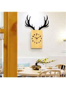 Wood Creative Antler Pattern Handmade Battery Hanging Wall Clock