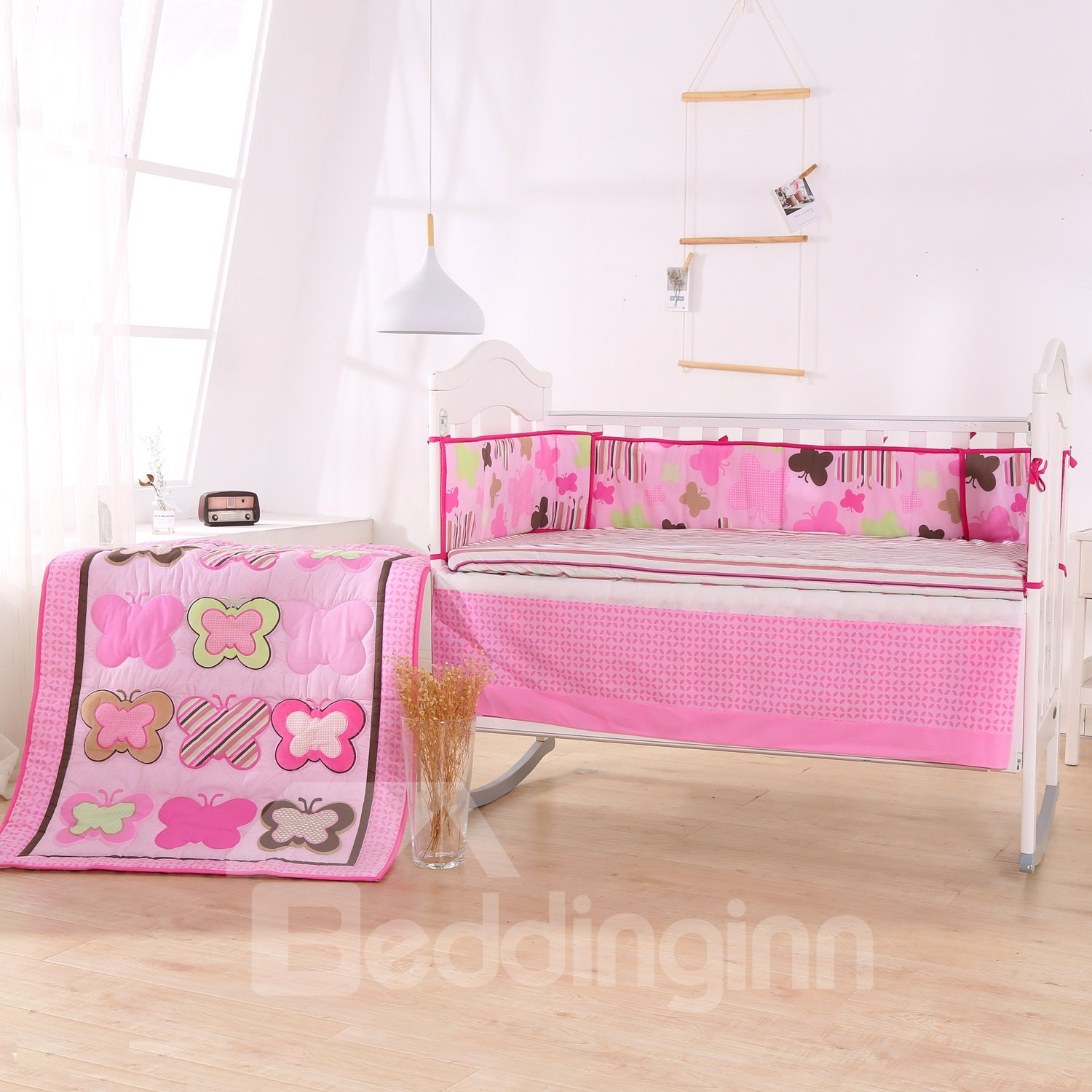 Butterfly Meadow Sweet Pink 4-Piece Crib Bedding Sets
