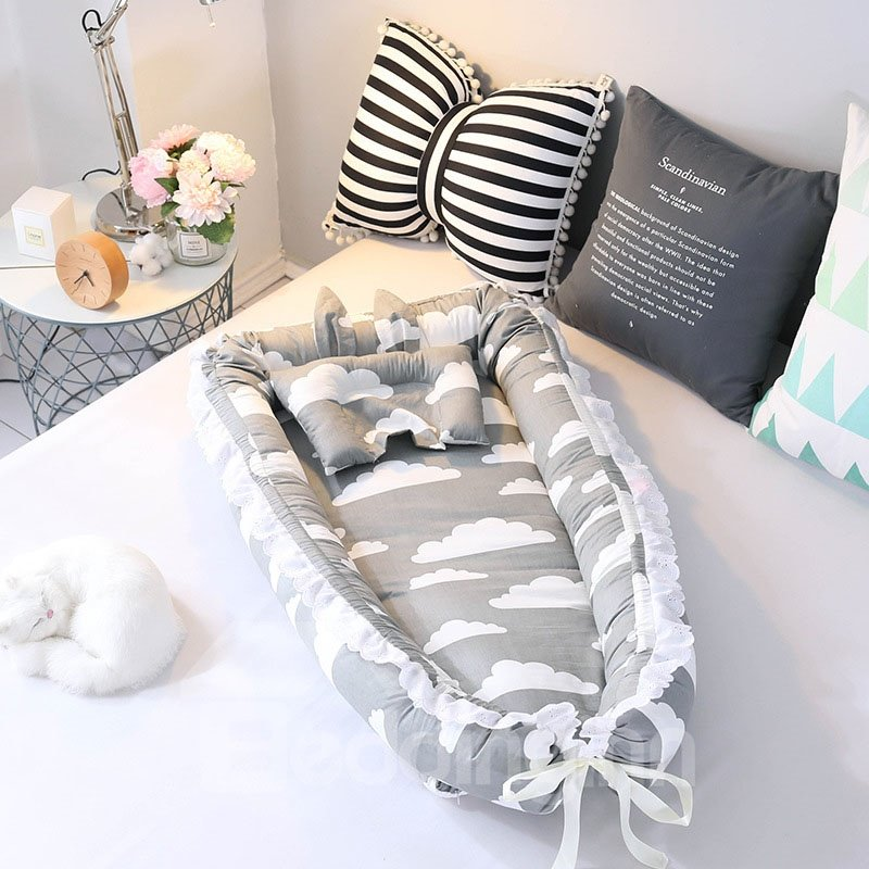 Collapsible Comfortable And Skin-friendly Lace style Raindrop Printed Baby Bionic Crib