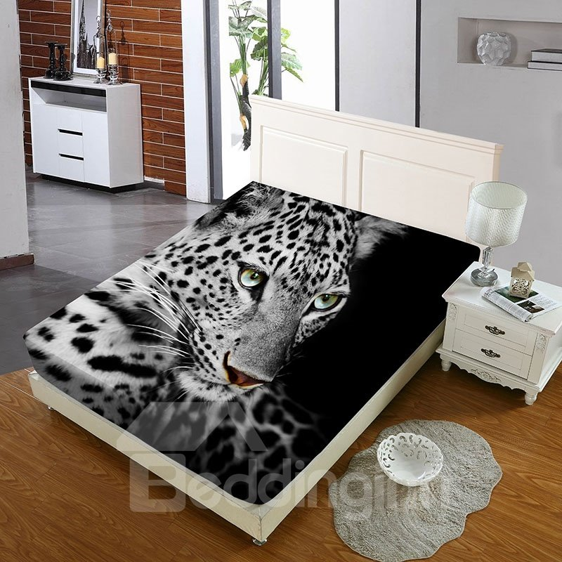 Leopard With Green Pupils Reactive Printing 1-Piece Polyester Bed Cover / Mattress Cover