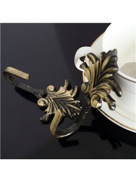 European Retro Floral Decorative Curtain Hooks and Wall Hooks