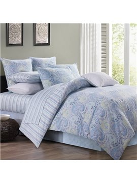 Blue Floral Flower Polyester Three-Piece Duvet Cover Set  Skin-friendly Ultra-soft 2 Pillowcases And Duvet Cover