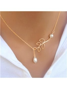 Fashion Hollow Leaf Imitation Pearl Pendant Necklace Charm Water Drop Clavicle Chain Necklace for Women and Girls Jewelry