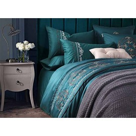 Unique Fabulous Embroidery Green 4-Piece Polyester Duvet Cover Sets