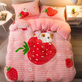 Strawberry and Cartoon Cat Printed Flannel 4-Piece Bedding Sets/Duvet Cover