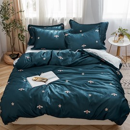 Comfortable and Breathable Honeybee Printed 4-Piece Bedding Sets