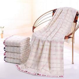 Sweet Plush Heart Print Cotton Bath Towel