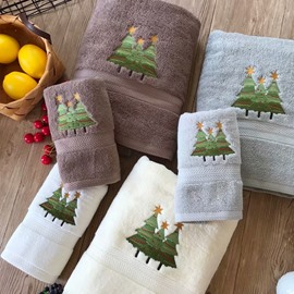 Simple Style Christmas Tree Bath Towel Set