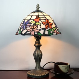 Amazing 8-inch Tiffany Style Floral Pattern Stained Glass Table Lamp
