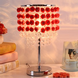 Gorgeous 3D Roses and Crystal Strings Decoration Bedroom Table Lamp