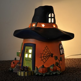 Beautiful Ceramic Pumpkin Pattern Hat Shape Cabin Halloween Decoration Candle Holder