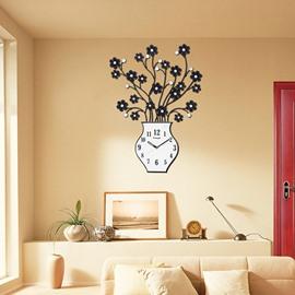 Creative Metal Flowers in Vase Design Decorative Mute Wall Clock