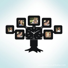 Fantastic Modern Design Tree Pattern with Photo Frames Battery Mute Wall Clock