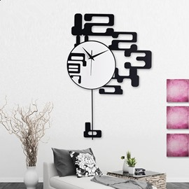 Creative and Modern Style Design Black Numbers Decoration Mute Battery Wall Clock