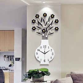 Silver/Golden MDF Creative Vase Shape Battery Hanging Wall Clock