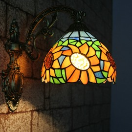 Tempting Tiffany Style Sunflower Pattern Stained Glass Wall Light