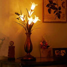 Creative Flower Table Lamps for Home Decoration