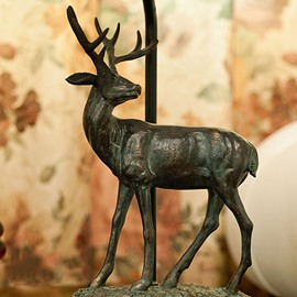 New Arrival European Classic and Retro Elk Resin Table Lamp