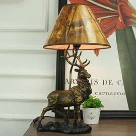 American Countryside Style Resin Elk Pattern Decorative Table Lamp