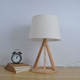 12.6×16.69in White Cloth Shade and Wooden Base Simple Style 1 Bulb Table Lamp