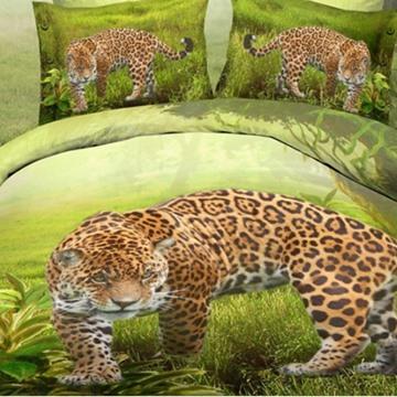 Golden Leopard on the Green Grass Print Polyester 3D Bedding Sets