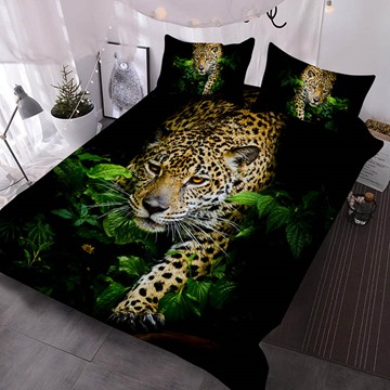 The Leopard Came Out of The Bush Printed Polyester 3-Piece Comforter Sets