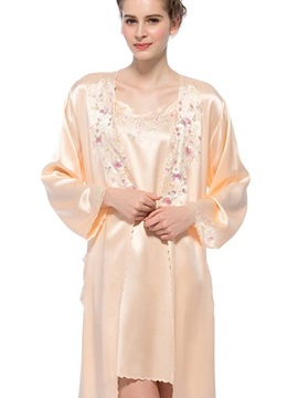 Elegant Embroidery Belted Mulberry Silk Robe and Chemi Set