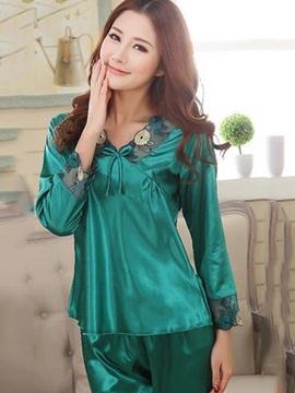 Charming Green Lace Neck Cuffs Artificial Silk Pajamas