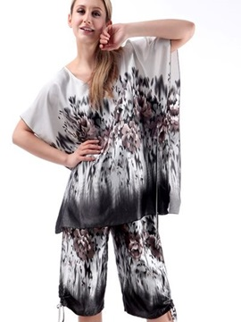 Graffiti Art Style And Lace Up Carft Fashional Sleepshirt