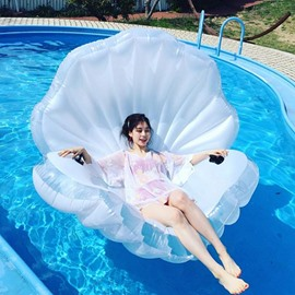Amazing Gigantic Seashell and Pearl Design Inflate Pool Float