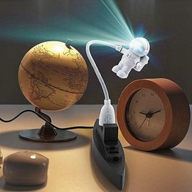 New Arrival Fantastic LED Astronaut USB Lamp