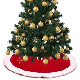 Classic Red Fluffy Edge Christmas Tree Skirt