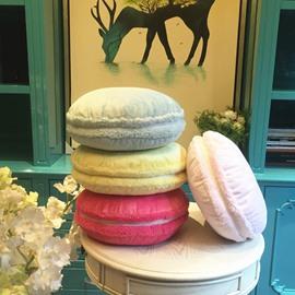 Sweet French Macaroon Design Plush Round Throw Pillow