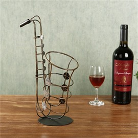 Elegant and Creative Style Saxophone Design Iron Home Decorative Wine Rack
