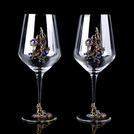 Delicate European Style Artificial Crystal Decoration 2 Pieces Wine Glasses
