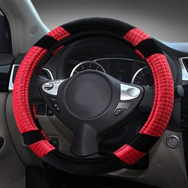 Soft Plush With Durable Polyester Material Contrast Color Medium Car Steering Wheel Cover